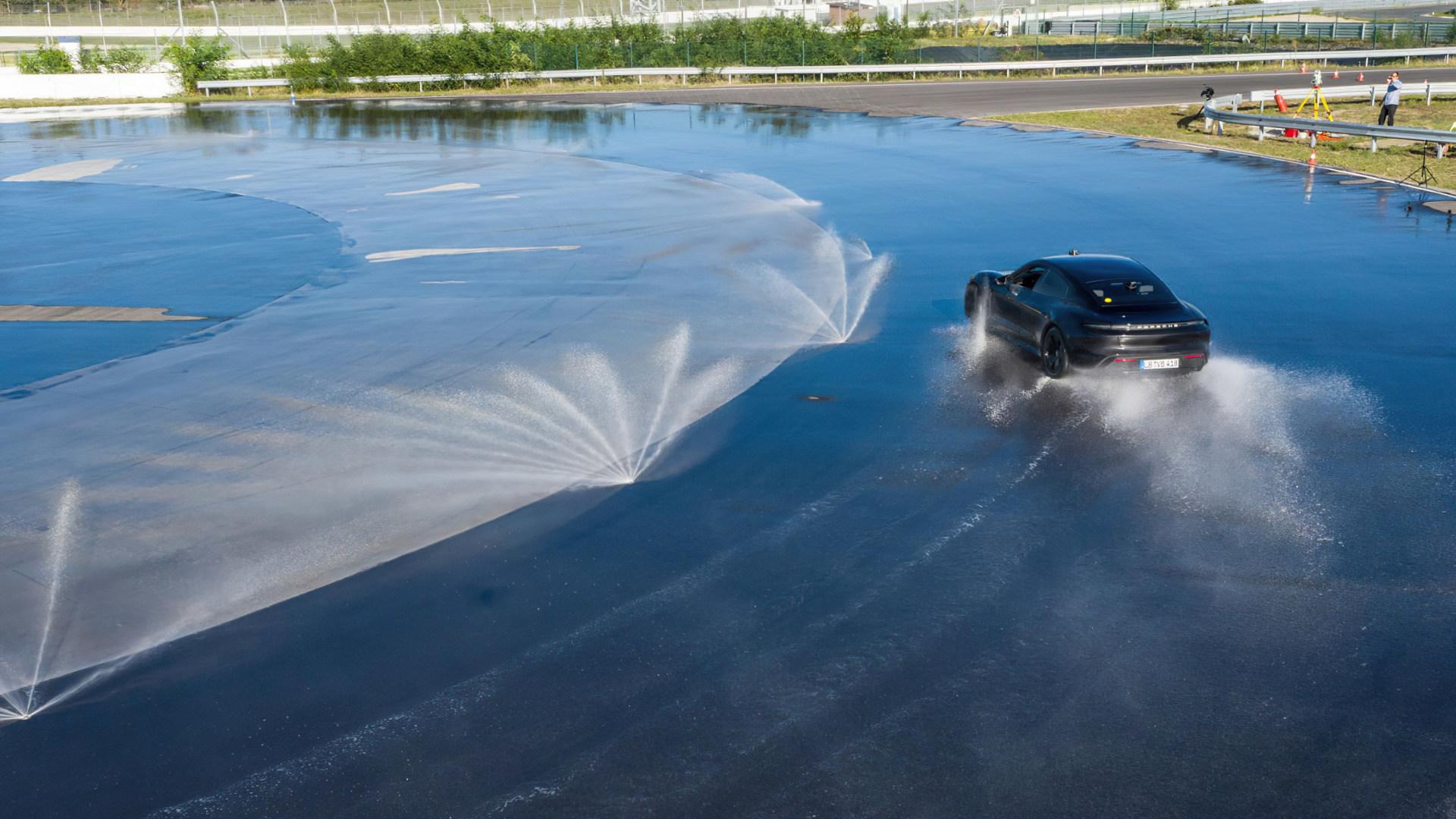 Weltrekord, Guinness-Buch der Rekorde, Porsche Taycan, Taycan, Drift, Guinness World Records