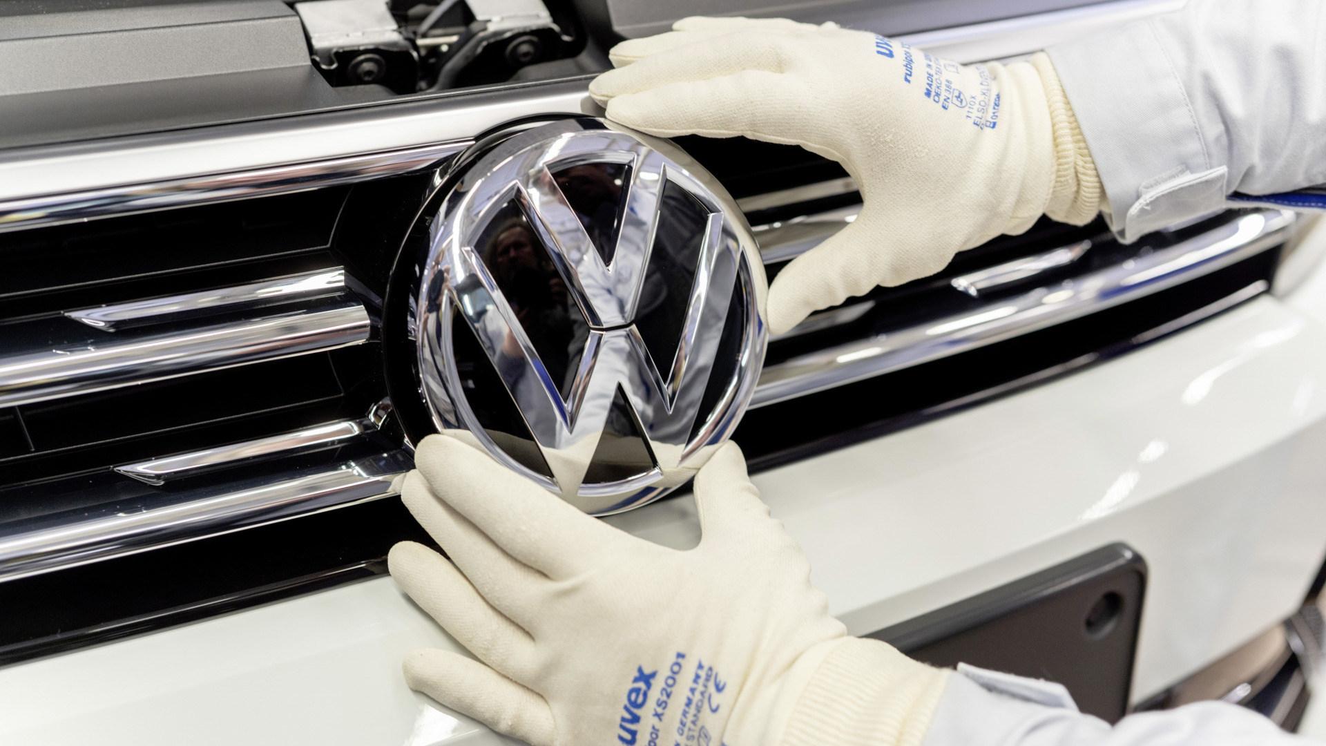 Leak: Erste Bilder vom fertigen VW ID.6 in China aufgetaucht - WinFuture