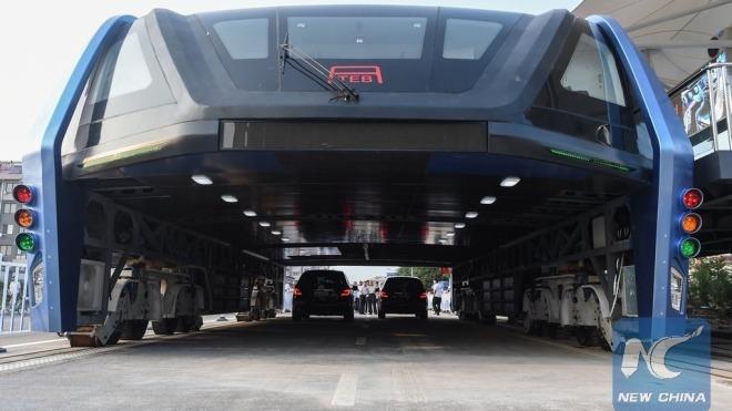 Erfinder verhaftet: Chinas Riesenbus war Betrug