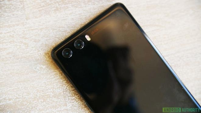 Huawei P20: Fotos von TENAA bestätigen keine Notch und Dualkamera