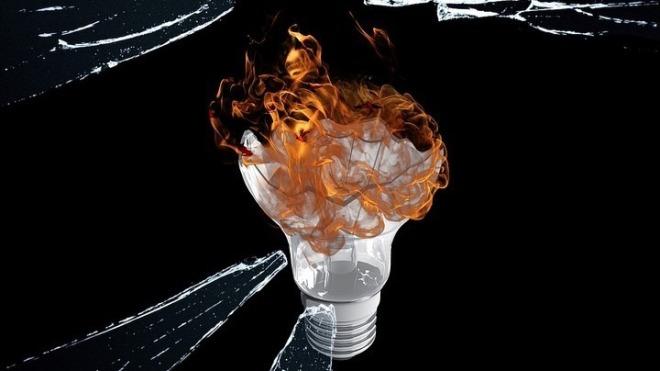 wie viele männer braucht man um eine glühbirne zu wechseln