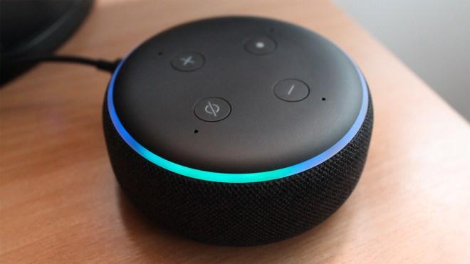 Amazon, Sprachassistent, Sprachsteuerung, Spracherkennung, Lautsprecher, Alexa, Amazon Echo, Spracheingabe, tblt, Daniil Matzkuhn, Amazon Alexa, Echo Dot, Echo Dot 3, Amazon Echo Dot, Amazon Echo Dot 3